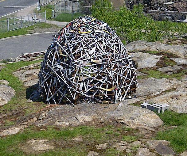 Hockey stick sculpture celebrates Memorial Cup