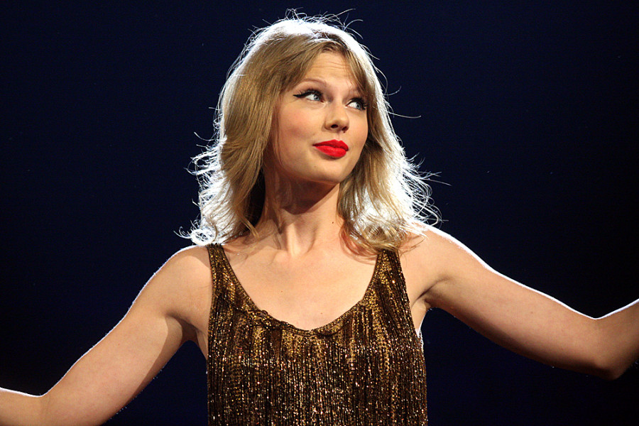 Is Taylor Swift The Queen Of PR & Social Media?