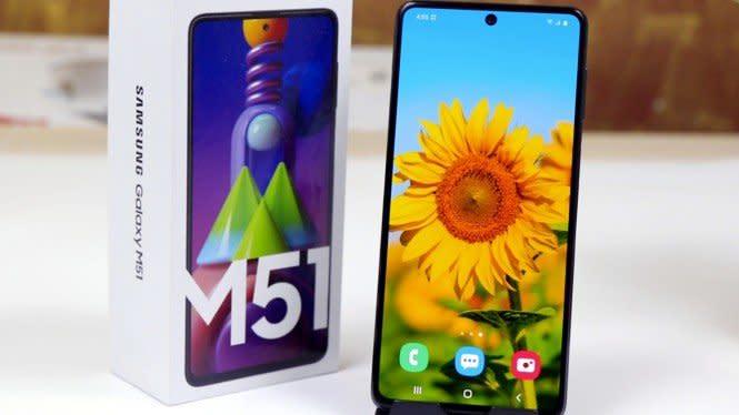 Harga Ponsel Samsung yang Baterainya Awet Lumayan Juga