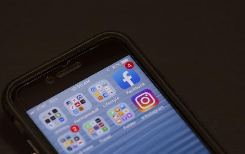 Facebook katakan hapus 3,2 miliar akun palsu selama enam bulan