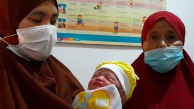 Heboh, Bayi Cantik Ditemukan di Wastafel Warga