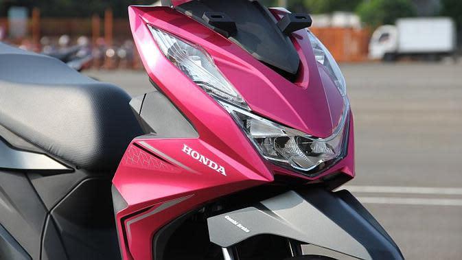 Tampilan depan all-new Honda BeAT terlihat lebih sporty dengan sudut-sudut lancip. (Liputan6.com)