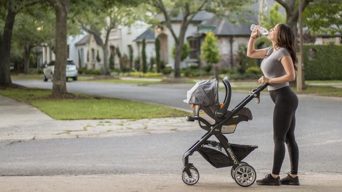Rekomendasi Stroller yang Ringan dan Kuat dari Kanal Smart Mama di Vidio