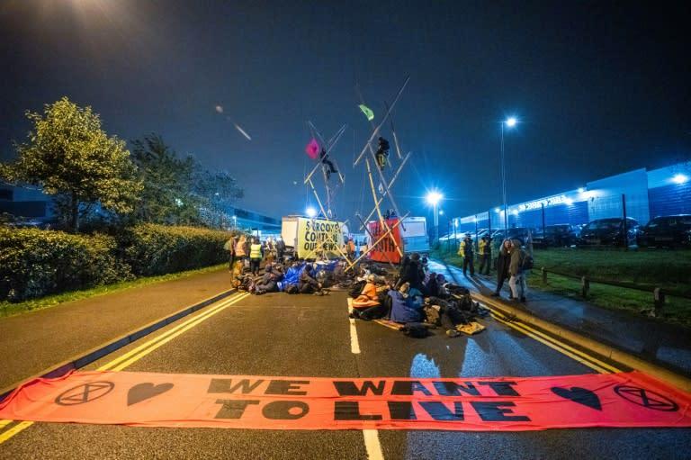 Climate activists disrupt UK newspaper deliveries