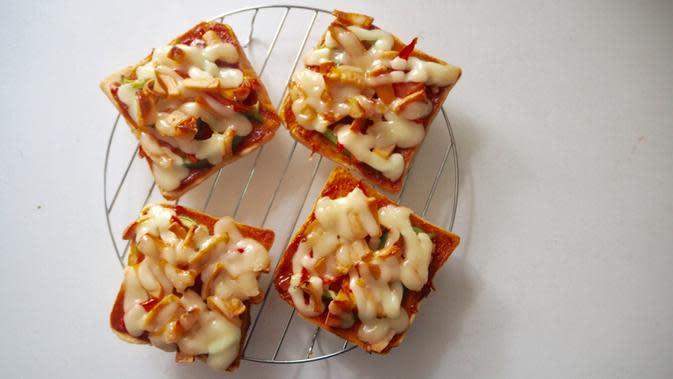 Cara Membuat Pizza Roti Tawar yang Simpel