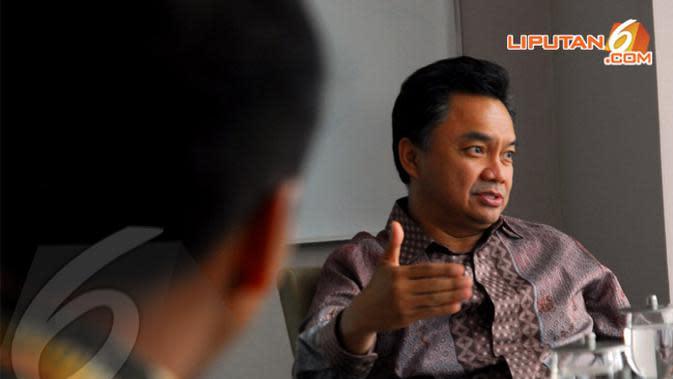 Dino Patti Djalal berbagi cerita dengan Liputan6.com tentang pencapresan dirinya melalui konvensi Partai Demokrat (Liputan6.com/ Miftahul Hayat).