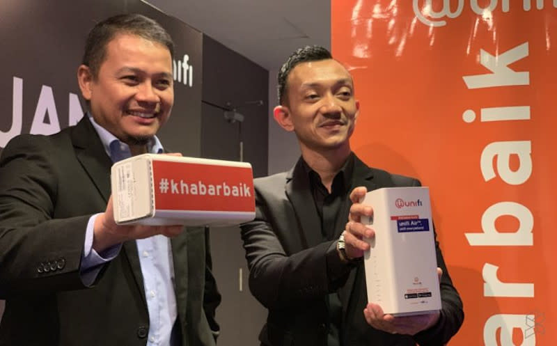 If you try to sign up on their website, you'll notice that Unifi is now bundling the ZTE MF286C LTE. — SoyaCincau