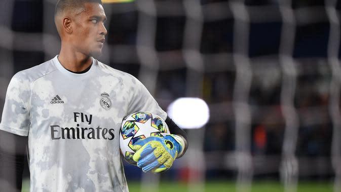 Penjaga gawang Real Madrid, Alphonse Areola. (AFP/Lucas Barioulet)