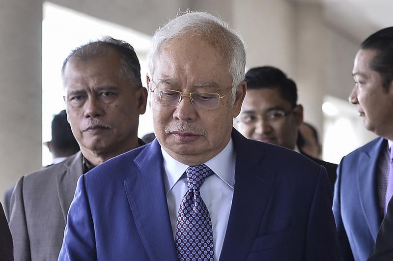 Former prime minister Datuk Seri Najib Razak arrives at the Kuala Lumpur High Court January 13, 2020. — Picture by Miera Zulyana