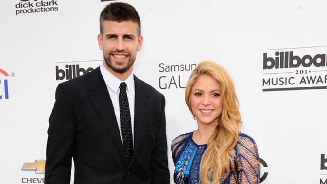 Perbedaan tinggi badan Shakira dan Gerrard Pique