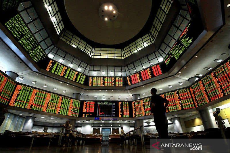 Saham Malaysia hentikan kerugian, indeks KLCI melonjak 2,01 persen