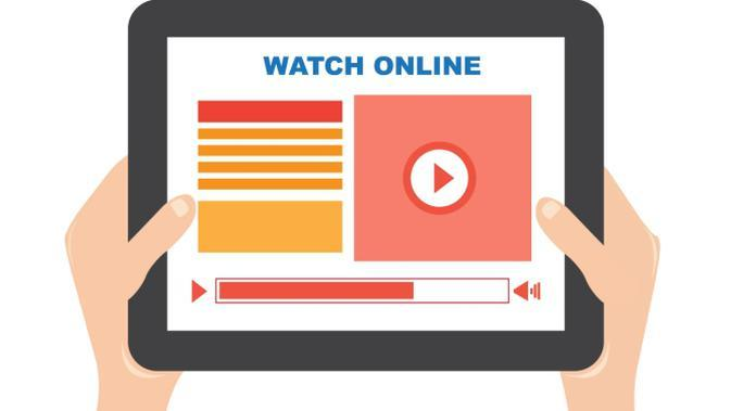 ilustrasi video playing on tablet. ilustrasi: freepik