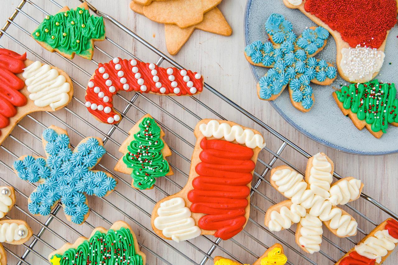 """<p>'Tis the season to bake <em>all</em> the sweets. Cookies, cakes, pies, cheesecakes...you name it, we've whipped it up. From classics like gingerbread cookies and peppermint bark to over-the-top mash-ups like our candy cane cookie sandwiches, consider this your go-to guide for holiday baking. For even more festive treats, visit our <a href=""""https://www.delish.com/holiday-recipes/christmas/g2177/easy-christmas-cookies/"""" target=""""_blank"""">holiday cookie central</a> or try our twists on <a href=""""http://www.delish.com/holiday-recipes/christmas/g776/gingerbread-recipes/"""">gingerbread</a> and <a href=""""https://www.delish.com/holiday-recipes/christmas/g3107/sugar-cookies/"""">Christmas sugar cookies</a>.</p>"""