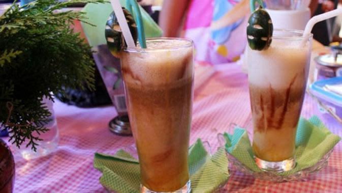 ilustrasi minuman unik khas Sumatera Barat yang bisa menyehatkan badan/ulinulin.com