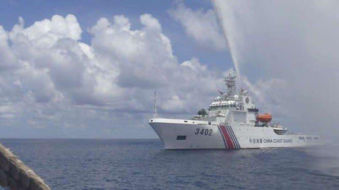 VIVA Militer: Kapal Penjaga Pantai (Coast Guard) China