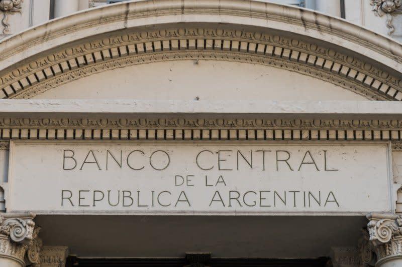 Ekonomi Argentina diperkirakan anjlok 12,5 persen tahun ini