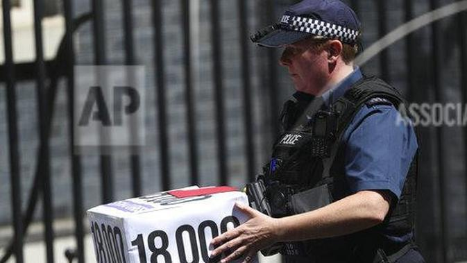 Polisi Irlandia (AP Images)
