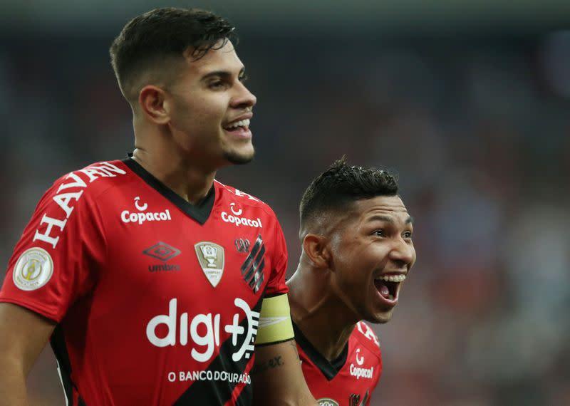 Brasileiro Championship - Athletico Paranaense v Santos
