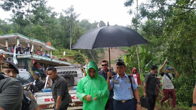 Akses Menuju Desa Terisolasi di Sukajaya Bogor Mulai Terbuka
