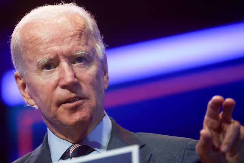 Biden warns UK on Brexit: No trade deal unless you respect N.Irish peace pact