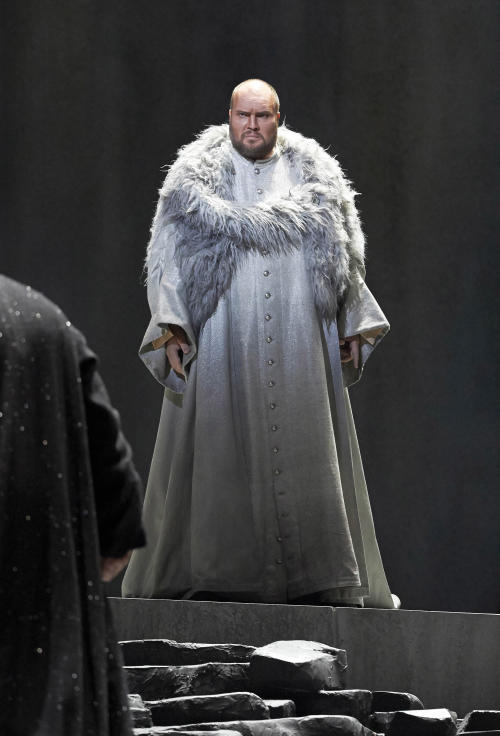 "In this picture provided by the Vienna State Opera Stephen Milling in the role of King Marke performs during a dress rehearsal for Richard Wagner's opera ""Tristan and Isolde"" at the state opera in Vienna, Austria, Monday, June 3, 2013. Premiere was on Thursday, June 13, 2013. (AP Photo/Wiener Staatsoper, Michael Poehn)"