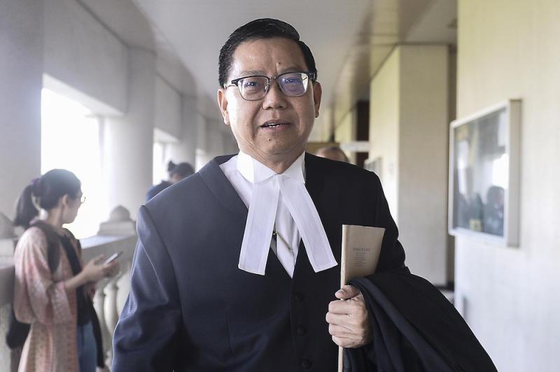 Tengku Adnan Mansor's lawyer Datuk Tan Hock Chuan is seen at the Kuala Lumpur High Court January 20, 2020. — Picture by Miera Zulyana