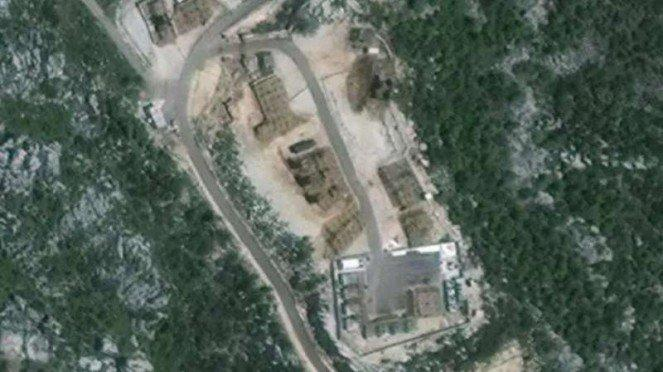 VIVA Militer: Citra satelit Rusia ungkap rudal S-300 Suriah siap tempur
