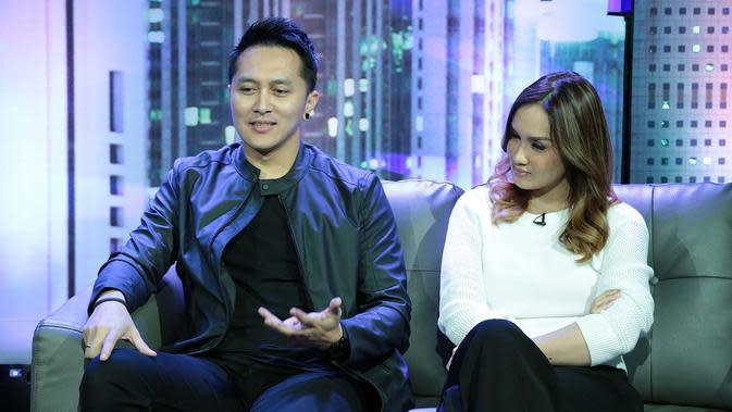 Tengah sibuk dengan pertandingannya di AGT, namun Demian tidak melupakan keberadaan Sarah Wijayanto sebagai istri. Justru ia punya janji kepada Sarah untuk meneruskan rencananya yang sempat tertunda. (Deki Prayoga/Bintang.com)