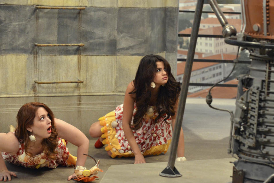 """The Wizards Return: Alex vs Alex"" - JENNIFER STONE, SELENA GOMEZ"