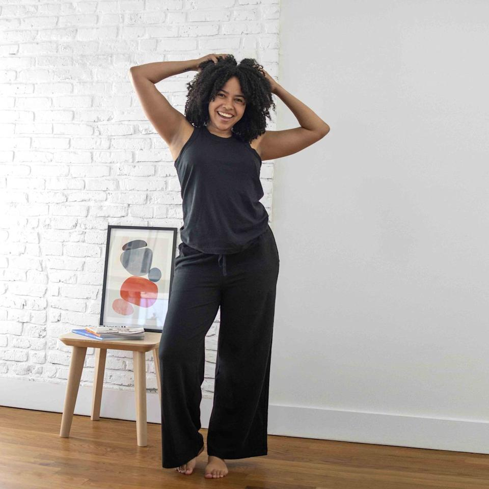 """<p><strong>Brooklinen</strong></p><p>brooklinen.com</p><p><a href=""""https://go.redirectingat.com?id=74968X1596630&url=https%3A%2F%2Fwww.brooklinen.com%2Fproducts%2Fbryant-pant&sref=https%3A%2F%2Fwww.harpersbazaar.com%2Ffashion%2Ftrends%2Fg32651136%2Fbrooklinen-memorial-day-sale-2020%2F"""" target=""""_blank"""">SHOP IT </a></p><p><del>$75</del><strong><br>$63.75</strong></p><p>Nowadays, you can never have too many sweatpants. Between its light French Terry material and breezy wide legs, this pair offers optimal comfort without sacrificing style. </p>"""