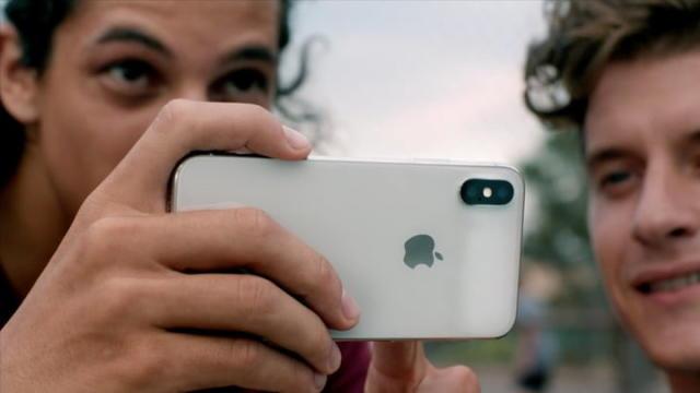 三星Galaxy S9和iPhone X苹果JPG 720x720