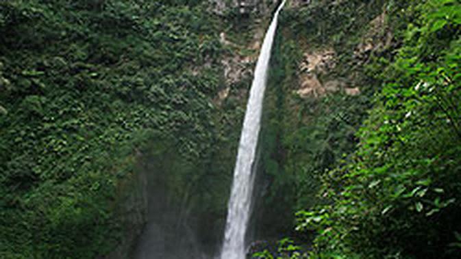 Coban Pelangi (sumber: East Java)