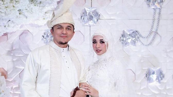 Pernikahan Laudya Cynthia Bella dan Engku Emran. (Instagram/laudyacynthiabella)