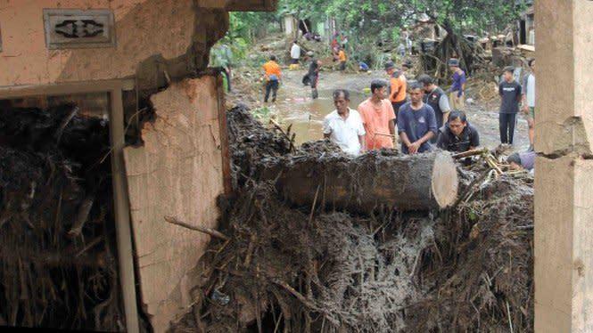 Satu Korban Banjir Bandang Sukabumi Ditemukan Tewas Terseret 15 Km