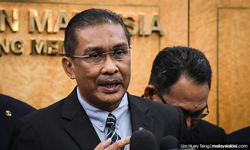 Minister reads out note by Thomas 'agreeing in principle' to Riza's settlement