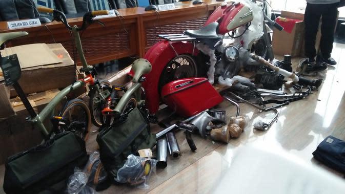 Onderdil Harley yang diangkut Garuda Indonesia (dok: Merdeka.com)