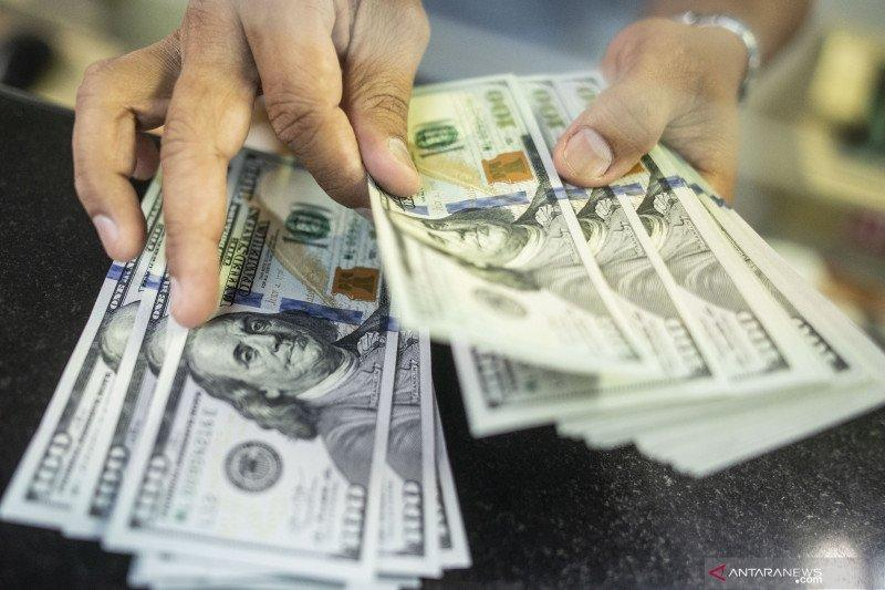 Rupiah menguat, pasar masih berharap ekonomi membaik