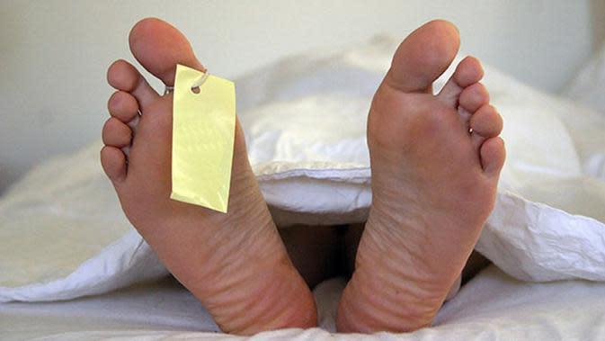 ilustrasi wanita meninggal dunia | via: kaskus.co.id
