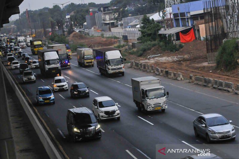 Jasa Marga lakukan pengerasan jalan Tol Japek arah Jakarta mulai Senin