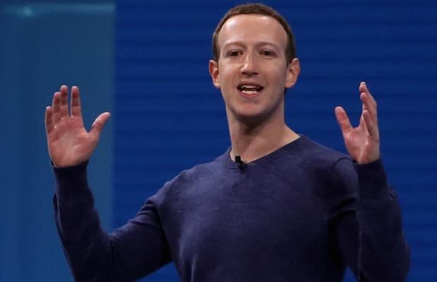 Mark Zuckerberg: Facebook Is Not a 'Right-Wing Echo Chamber'