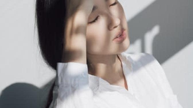 Tips Hilangkan Kebiasaan Menyentuh Wajah, Cegah Penularan Corona Covid-19