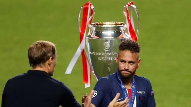 Neymar dan pelatih PSG, Thomas Tuchel