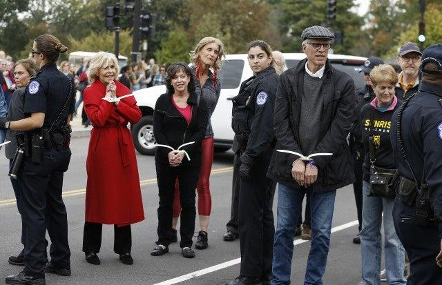jane fonda ted danson arrested at climate change protest