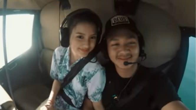 Romantis! Azriel Hermansyah Ajak Pacar Naik Helikopter Keliling Bali