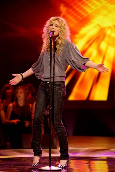 Brooke White performs as one of the top 24 contestants on the 7th season of American Idol.