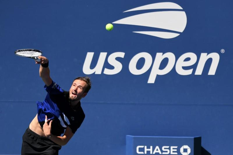 Medvedev dismantles third-round opponent Wolf at U.S. Open