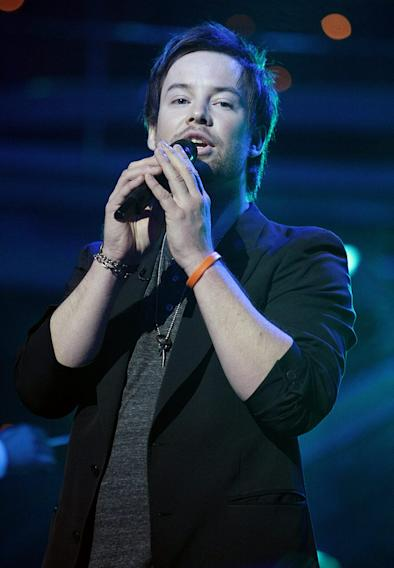 David Cook performs as one of the top 6 on the 7th season of American Idol.