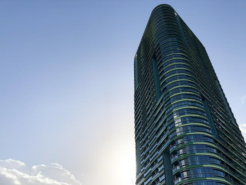 Sydney Olympic Park evacuation: Crack appears in Opal Tower