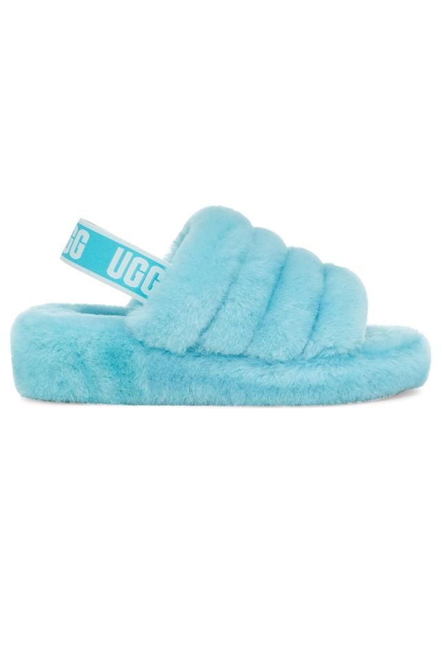 """<p><strong>Ugg</strong></p><p>nordstrom.com</p><p><strong>$74.96</strong></p><p><a href=""""https://go.redirectingat.com?id=74968X1596630&url=https%3A%2F%2Fwww.nordstrom.com%2Fs%2Fugg-fluff-yeah-genuine-shearling-slingback-sandal-women%2F5011191&sref=https%3A%2F%2Fwww.elle.com%2Ffashion%2Fshopping%2Fg13141189%2Fsister-gifts-ideas%2F"""" target=""""_blank"""">Shop Now</a></p><p>Are these outdoor slippers or indoor slippers? Yes. </p>"""