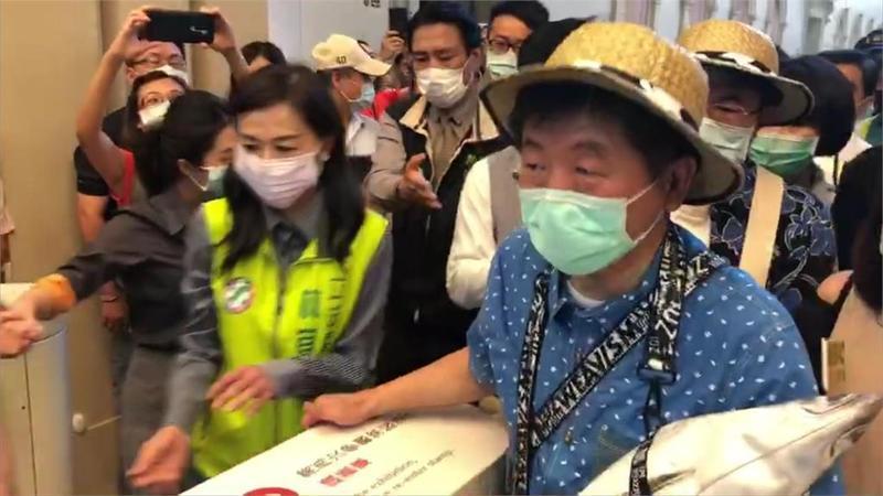 快新聞/陳時中高人氣旋風襲捲古都 「到台南什麼都想吃」